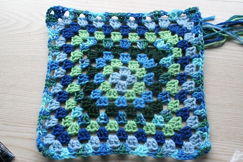 in progress :: granny square baby blanket