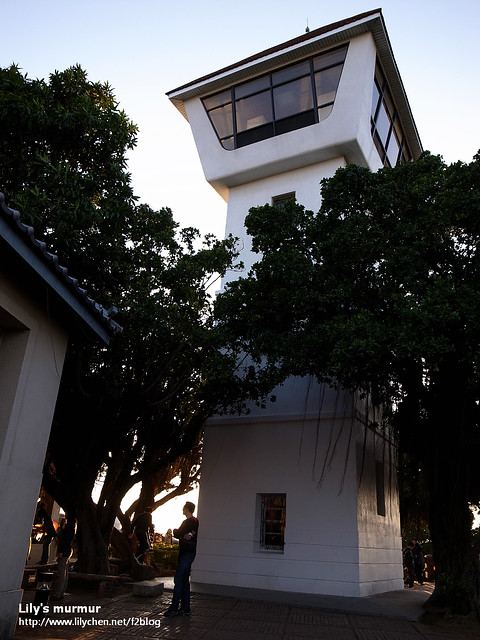 就是這個瞭望塔,看起來好像會爬得很累,其實還好。