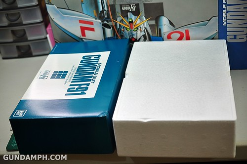 Gundam F91 1-60 Big Scale OOTB Unboxing Review (14)