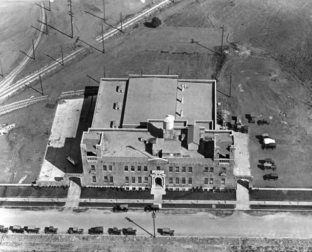 Holsum Bread Co. Beverly Hills 1924