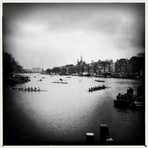 Crew on the Amstel
