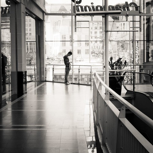 Waiting for Valentine (Galerie Saint-Michel, Liège) - Photo : Gilderic