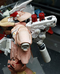 GMG 1-100 Sazabi Formania Version Conversion kit (7)