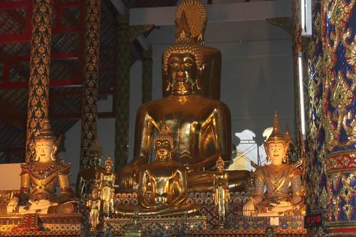 20120123_2575-Wat-Suan-Dok-interior