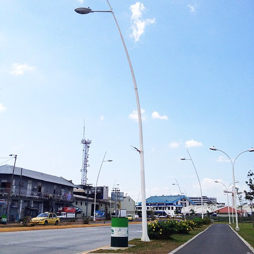 #embarcadero #centralamerica #igerspanama #panamacity #panama #sky #structure #lines #green