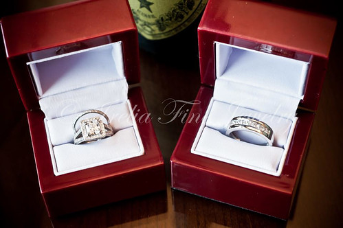 HIS & HERS WEDDING RINGS SET by IRELIA FINE JEWELRY