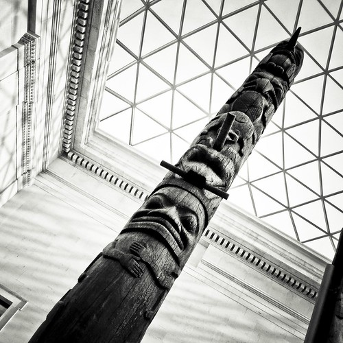 Totem in a Cage (British Museum, London) - Photo : Gilderic