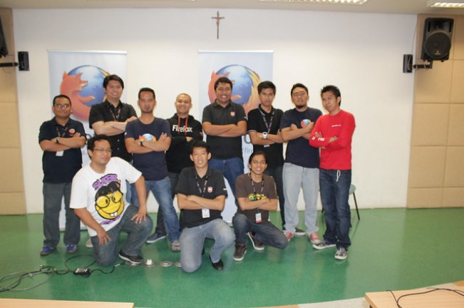 Mozilla Philippines Community official Pose