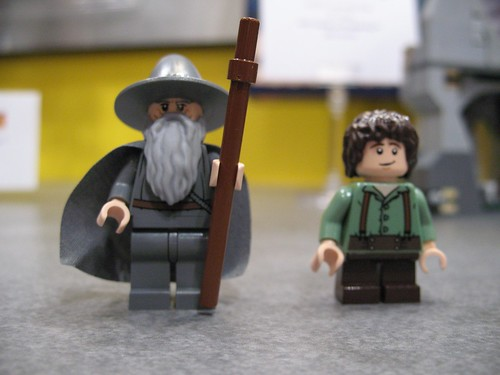 Toy Fair 2012 - The Lord of the Rings - 9469 Gandalf Arrives - 12