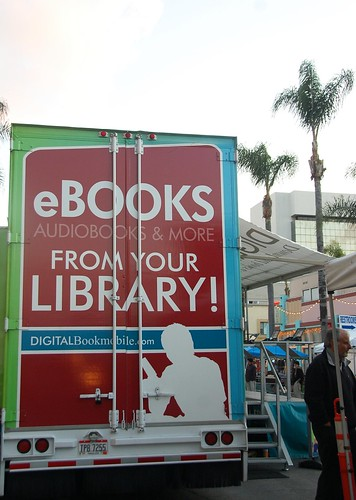 Digital Bookmobile and eBooks di Long Beach Public Library