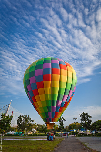 Balloons, balloons in the sky!
