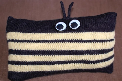 Bumble Bee Pillow - Chrissy (2/12