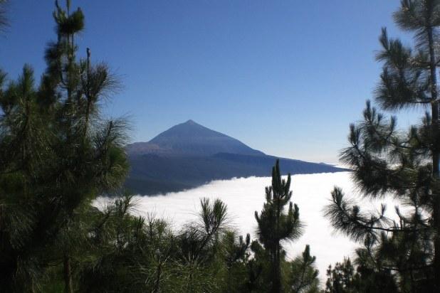 Mar de nubes y El Teide