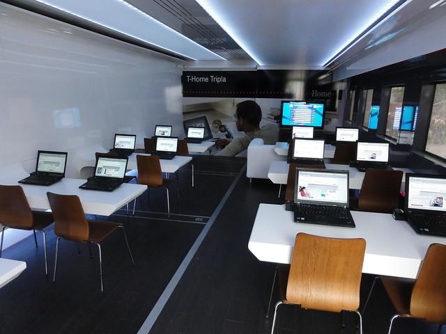 The Debrecen 2012 team internet center