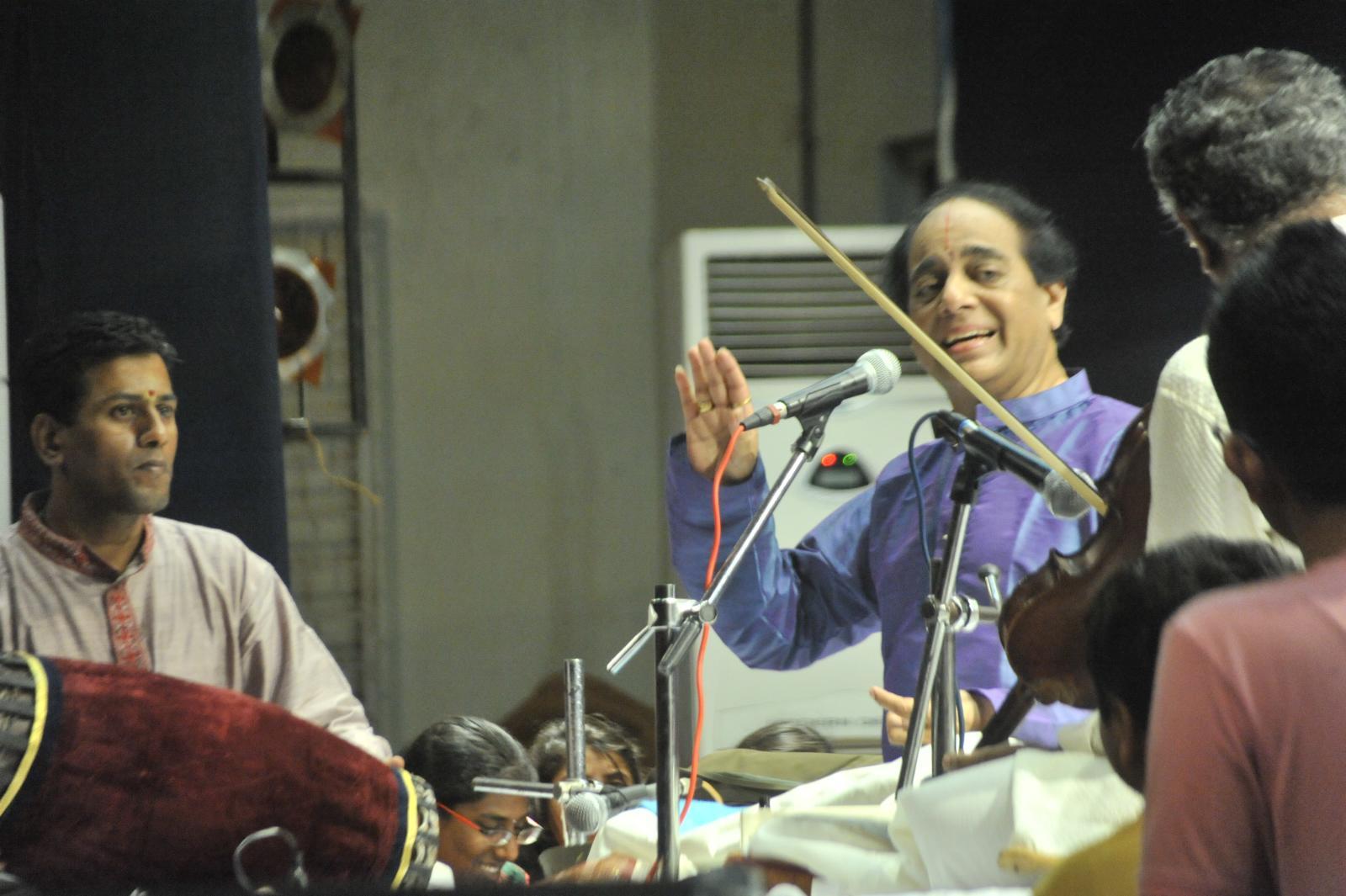 Vid. T N Sheshagopalan ( Carnatic Vocal)