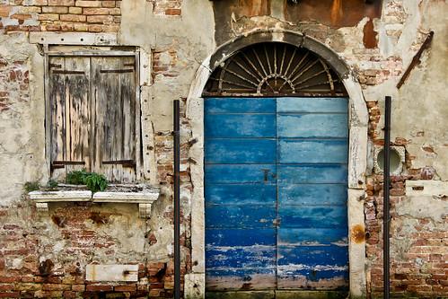 Blue Door, Venice