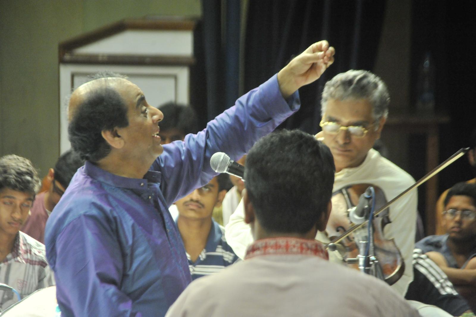 Taking the flight - Vid. T N Sheshagopalan ( Carnatic Vocal)