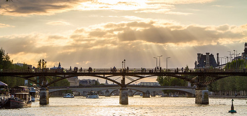 Sunset over the Pont des Arts