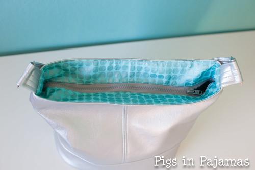 Swoon Bucket Bag zipper