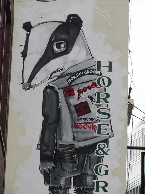 Horse & Groom badger