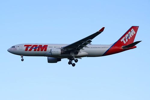 TAM   Airbus A330-200 @ SBGR