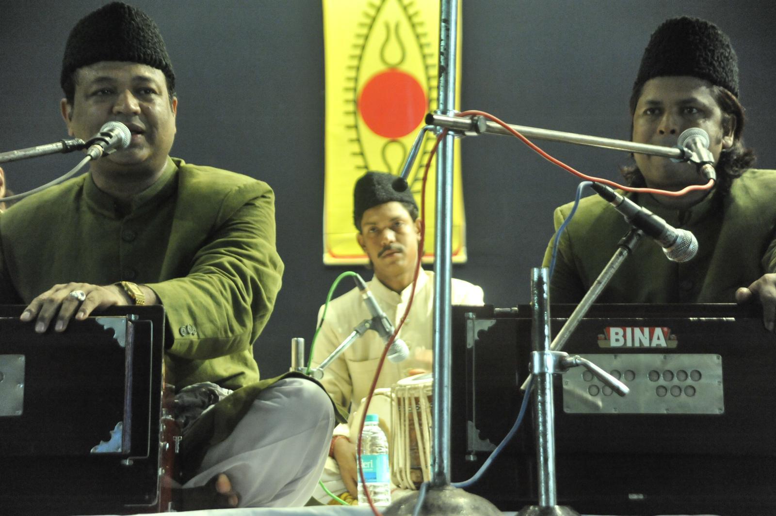 Qawalli Warsi brothers from hyderabad - Naseer and Nazeer