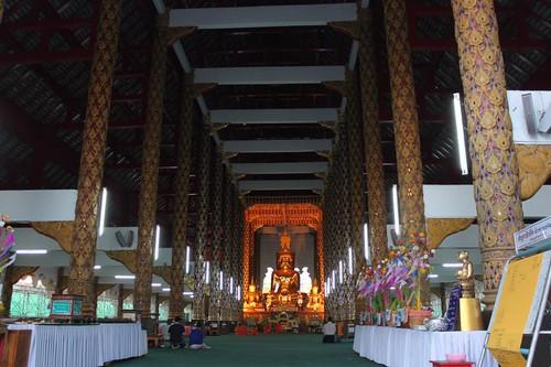 20120123_2577-Wat-Suan-Dok-interior