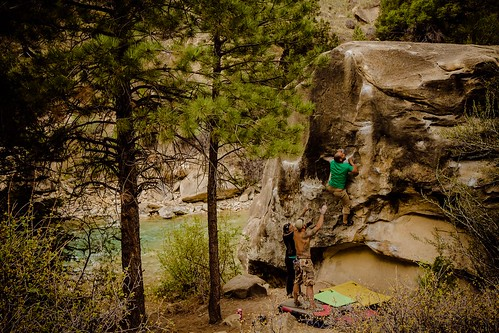 Eric working Kelly's Arete (V5)
