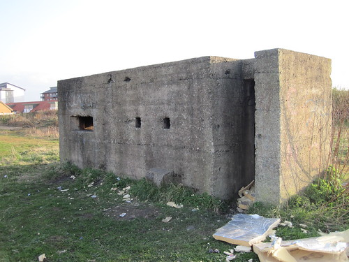 Hartlepool Pillbox, Middle Warren