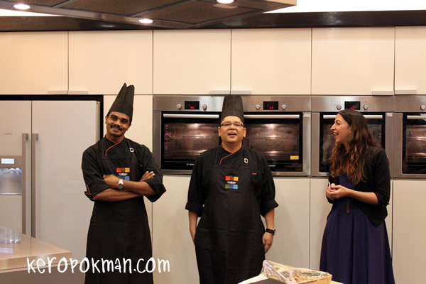Cooking Lesson in Singapore by Makan Kitchen Chefs from DoubleTree by Hilton, Kuala Lumpur
