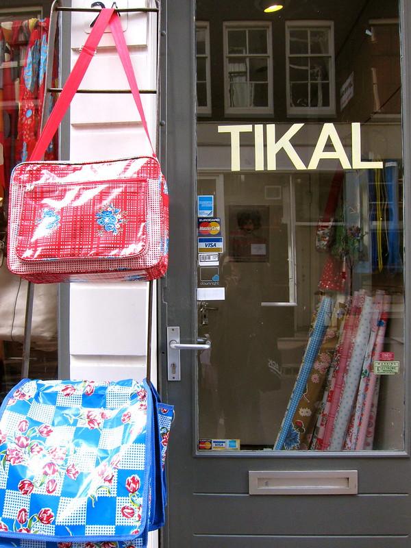 Tikal, Amsterdam