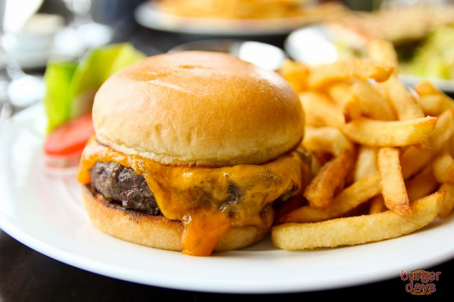 2941beefburgerfront-1024x682