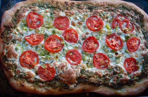 Kale-Basil-Cashew-Pesto Pizza with Leeks and Tomatoes