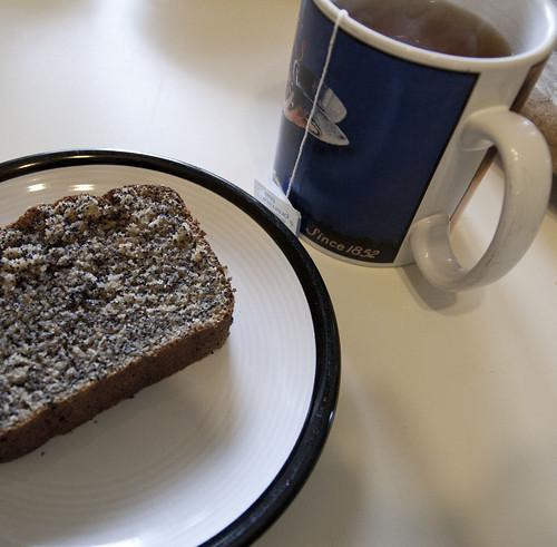 Lemon-Poppy Seed Snacking Cake