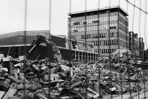Canon 60D - Swindon College Demolition by TempusVolat