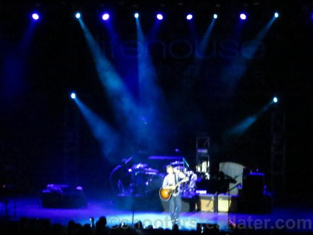 Lifehouse at the Smart Araneta Coliseum-020