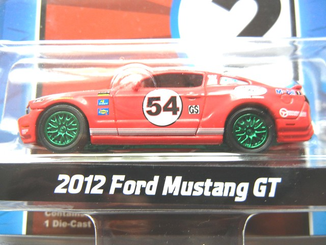 greenlight road racers 2012 ford mustang gt green machine (2) - Copy