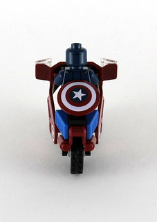 6865 Captain America's Avenging Cycle - Rear