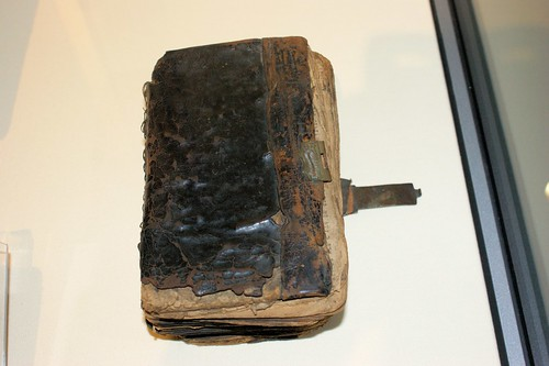 First edition Gaelic Bible, 1690