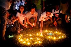 BRUNEI_BSB_Participants Lighting Up Candles At Taman SOAS_Riyii