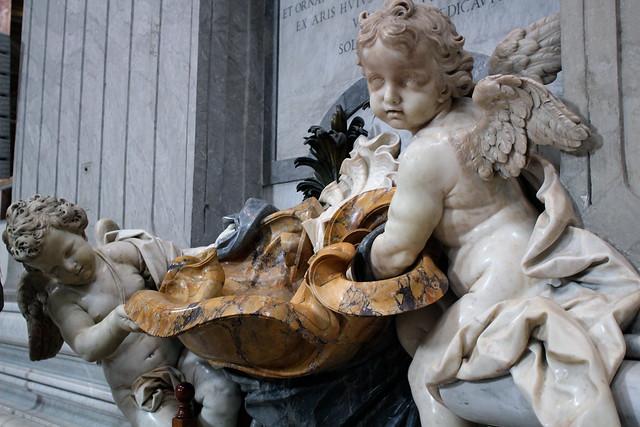 Giant babies St Peter's Basilica