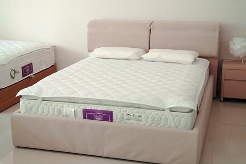 掀床工廠推薦款-麗莎人造白橡床組-高質感排骨透氣床架組2