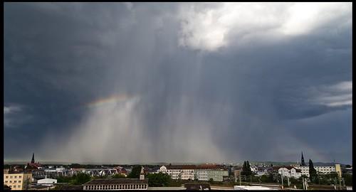 Regenbogen über der Neustadt
