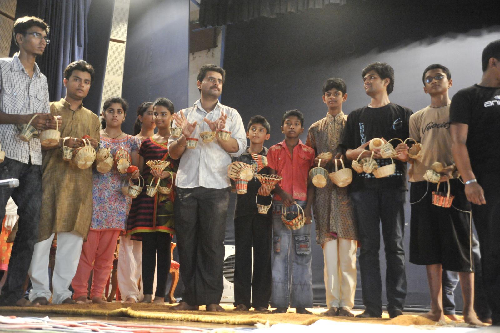 Basket full of poses - TRIPURA - Bamboo Crafts - Subrata Chakraborty