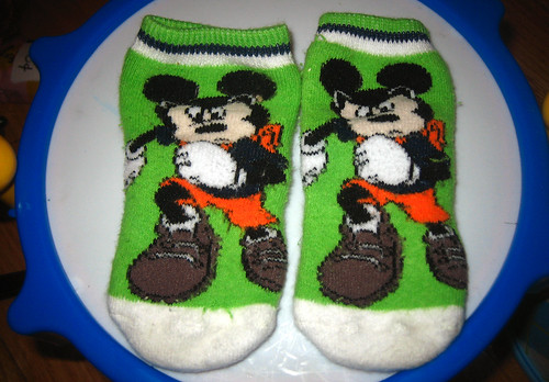 20120505 - yardsale booty - 7 - baby socks - IMG_4145