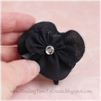 fab-black-rolled-rose