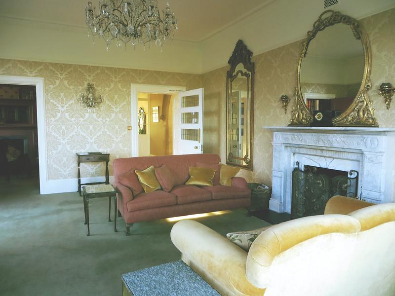 Highbullen House