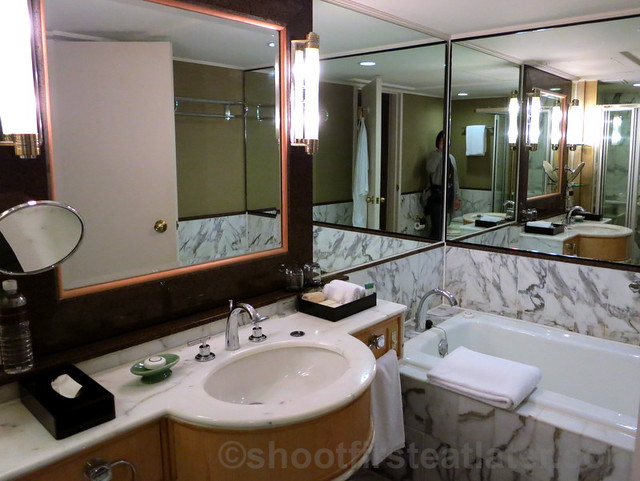 Grand Hyatt Taipei- bathroom