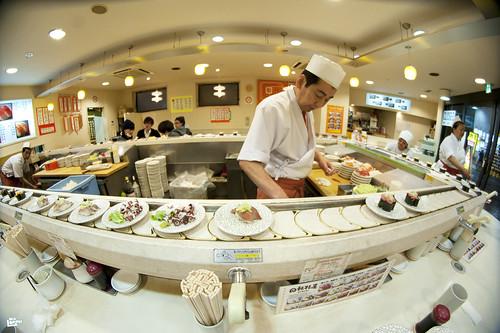 interview ben lorph a propos d un restaurant japonais a tapis roulant le blog de island slalom tour