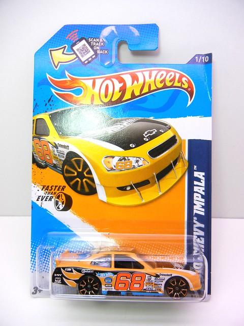 hot wheels 2010 chevy impala orange (1)